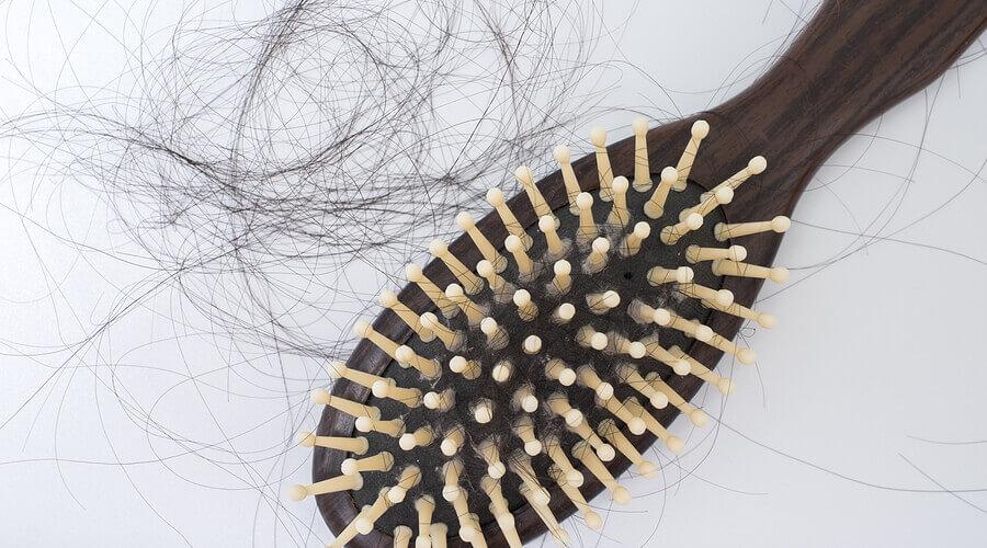 padanie vlasov po pôrode